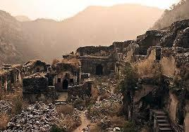 Haunted fort - Bhangarh Fort